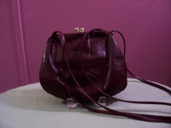 Carriage Court Leather Purse