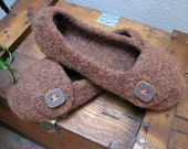 Womens Felted Slippers - Medium
