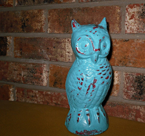 CLEARANCE Shabby Chic Decor / Chippy /Distressed Cast Iron Owl / Vintage / Retro / Refinished in Aqua and Red / Shabby Chic Decor