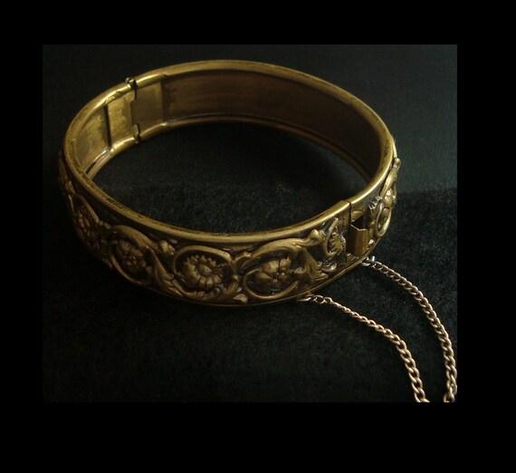 Vintage REPOUSSE Floral Hinged Brass or Other Base Metal BANGLE BRACELET Retro Vintage