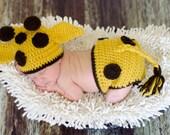 Crochet  Giraffe Hat and Diaper Cover Photography prop