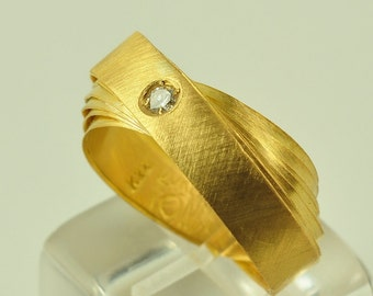 22K Solid Gold Handmade Ring with Diamond, No. 048-62