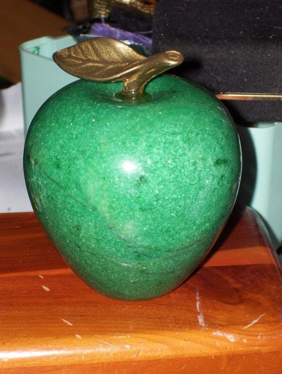Vintage Green Marble Apple