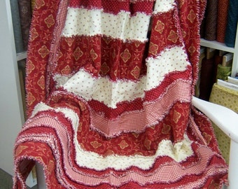 Strip-Ease Rag Quilt Pattern