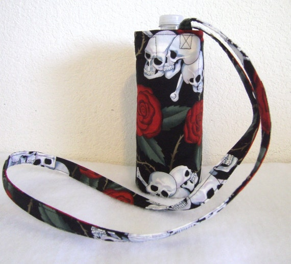 Insulated Water Bottle Carrier - Skulls and Roses