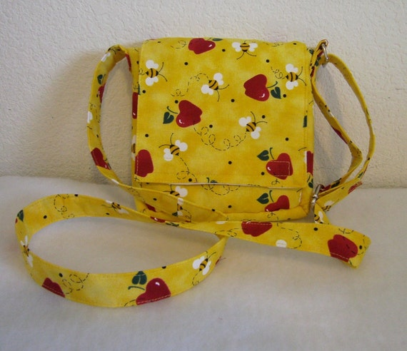 Insulated Sandwich Pouch - Apples & Bees
