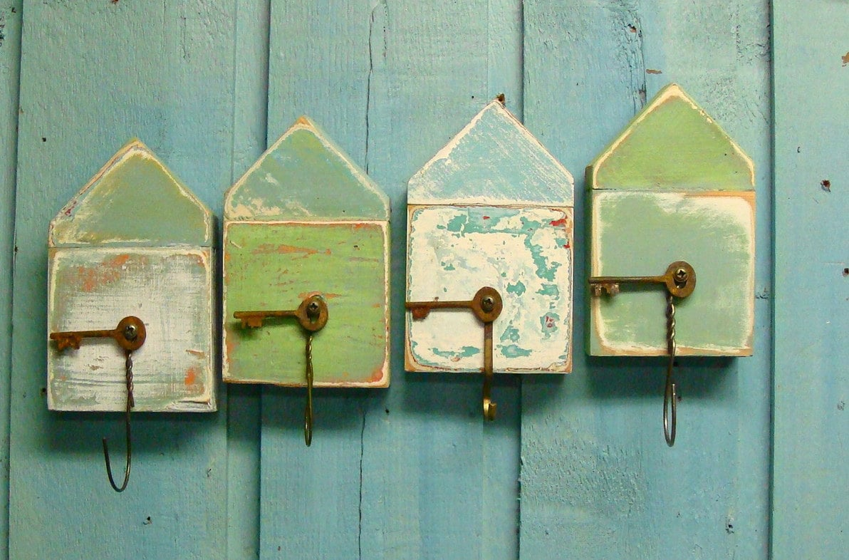 turquoise sea beach hut key holder layered paint artwork