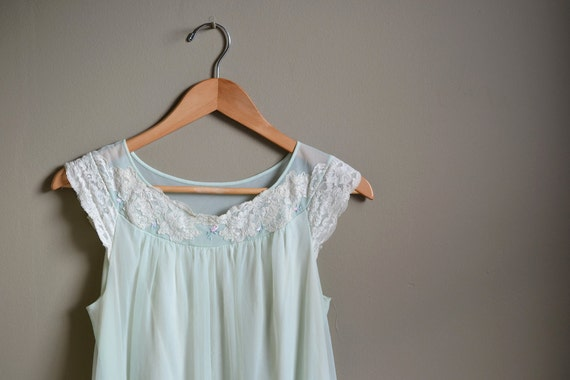 SALE 60s mint green lace slip dress / size small s