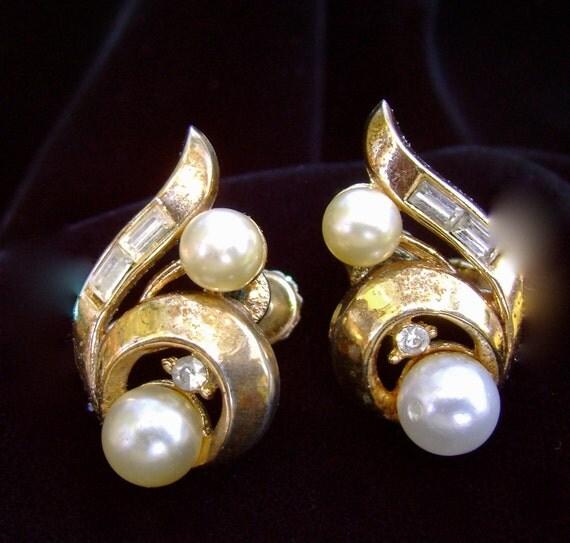 Vintage earrings - 1950's Chic Costume--Mid-Century Modern