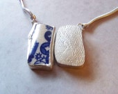 Necklace with blue willow