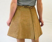 1970s Vintage Suede Wrap-Around Mini Skirt in Light Tan - Small