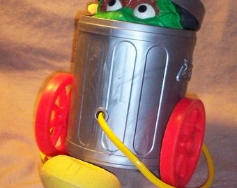 Fisher-Price Toy # 177 OSCAR the GROUCH 1977-84