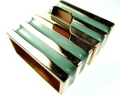 Box clasp mint green and golden stripes