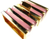 Box clasp golden and pink enamel stripes