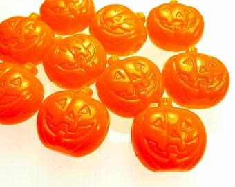 20 Halloween beads, Jack-O-Lanterns orange pumpkins