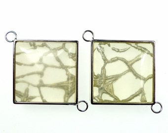 Resin jewelry links, square grey translucent 2pcs