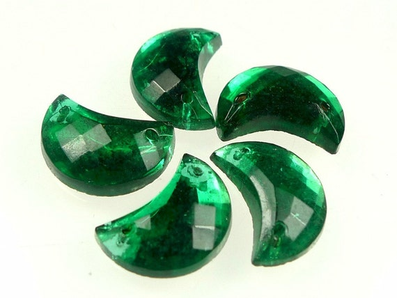 Glass sew ons emerald green moon shaped