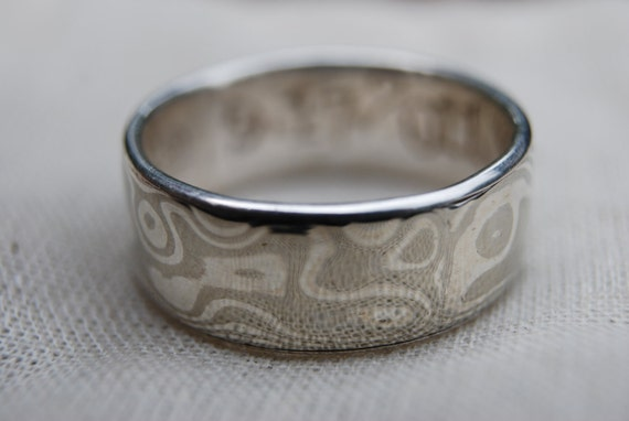 Elegant sterling silver& nickel silver mokume gane ring with sterling liner wide band woodgrain etched