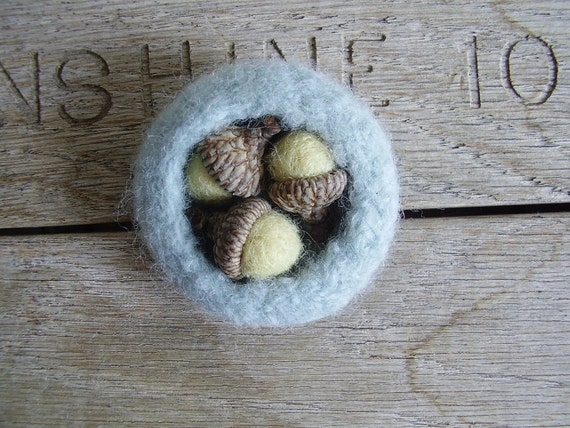 Felted wool acorn nest with three acorns, for waldorf children or natural home decor
