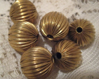 Vintage Brass Beads: Unplated Round Hollow Ribbed Corrugated Rounds, Old Stock, 10mm, 6 pcs.
