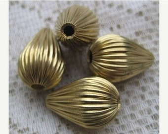 Vintage Hollow Brass Corrugated Tear Drop Shaped Beads , 20mm by 14mm, 6 Pieces