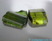 GREEN TOURMALINE. RoUgH tOp. Flat Bottomed. CaBoChOn. FrEeFoRm. 2 pc. approx. 12 cts. (ref.TM181)
