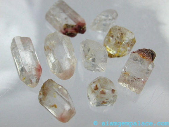 WHITE Topaz.  Natural  Rough Terminated CrYsTaL MiNiEs CoOL. 9 pcs  5-11mm 19cts (ref.BT242)