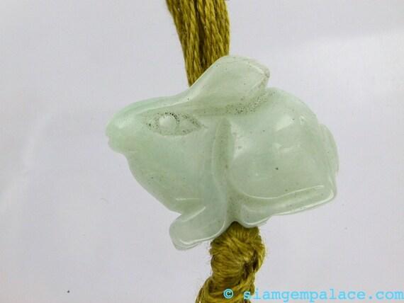 NEPHRITE Hetian Jade. Hand Carved BEAd. Bunny Rabbit Jade Pendant Bead. Cute  DeTaiLs. 20 cts. 20x14mm  (JD122)