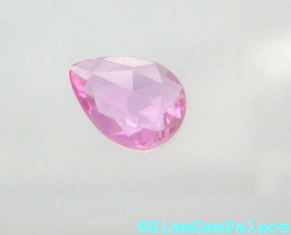 SAPPHIRE. RoSE CuT. Natural Unheated. BuBBLE GuM PiNK. Pear Shape. Calibrated. 1 pc. 0.60 cts. 5.1x6.8mm (S508D)