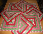 Christmas Star Red and Green Pieced Table Runner Topper