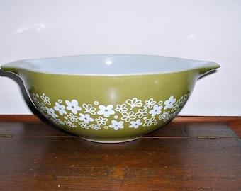 Vintage Pyrex Bowl Green Crazy Daisy 4 QT Spring Blossom Cinderella Handles Bowl #444