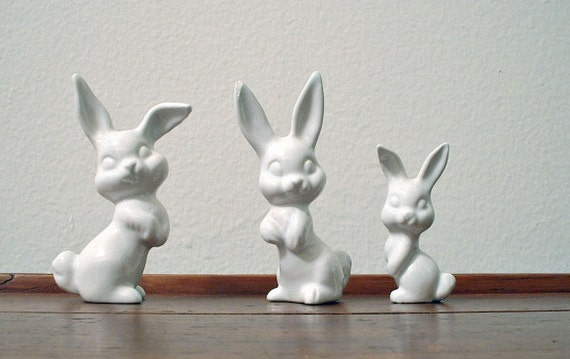 Vintage Bunny Figurines Rabbits Miniatures Set of 3 Terrarium
