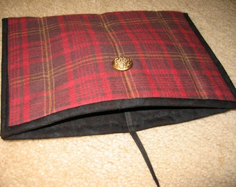 Kindle or Kindle Fire sleeve in cheery tartan plaid