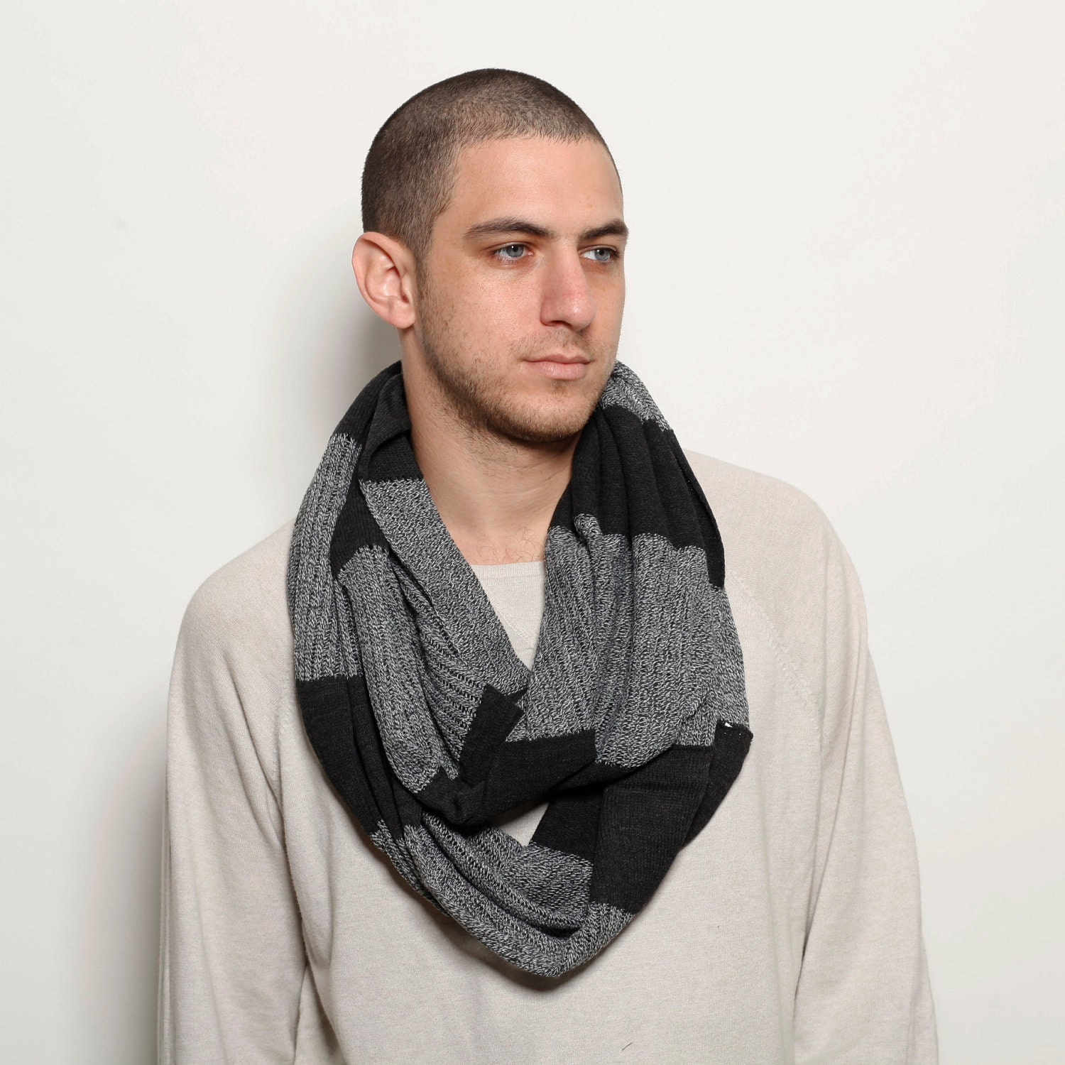 Cable knit infinity loop scarf for women, men, girls and boys. Pendleton Men's Infinity Scarf. by Pendleton. $ - $ $ 20 $ 69 50 Prime. FREE Shipping on eligible orders. Some sizes/colors are Prime eligible. 2 out of 5 stars 1. Product Features Infinity scarf to keep you cozy warn.