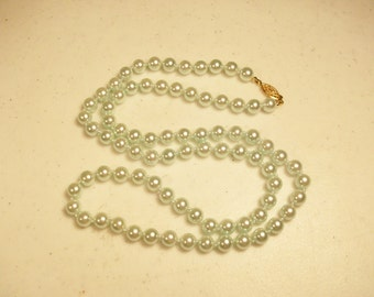 Free US Shipping 30 Inch Faux Pearls Necklace //