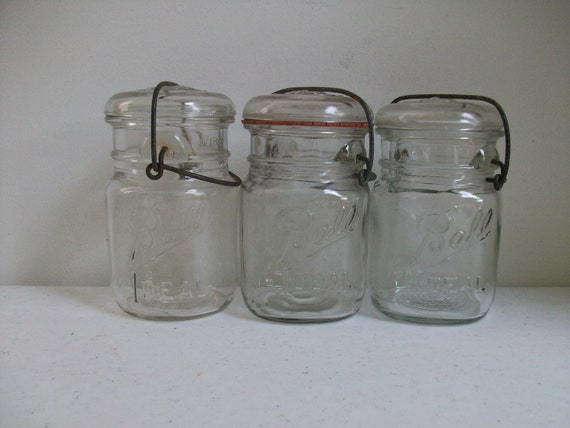 3 old ball ideal pint jars glass lids wire clamp rustic. Black Bedroom Furniture Sets. Home Design Ideas