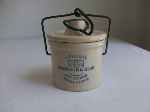 Pottery Original Kaukauna Klub Small Crock Wire Bail Handle