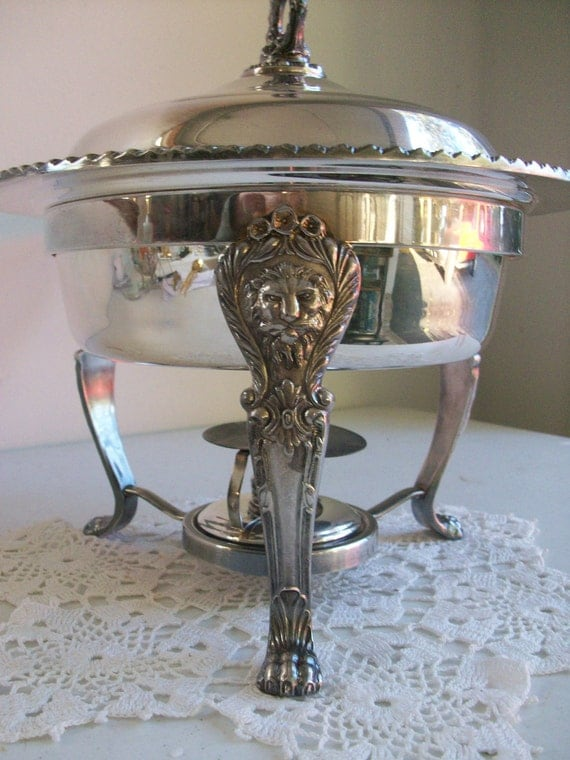 Lovely 4 Piece Silver Chafing Dish 3 Footed Lion Head Claw Feet Elegant Party Centerpiece Complete Set
