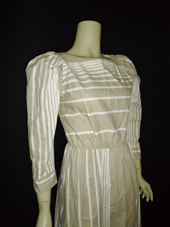 Tan & White Striped Vintage 1980's Puffsleeved Dress XS S