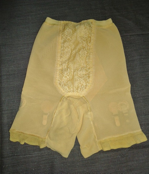 Golden Yellow & Lace Vintage 1950's Garter Long Leg Girdle Panties L