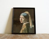 Vintage wooden framed print of the Vermeer painting 'Girl with a Pearl Earring'