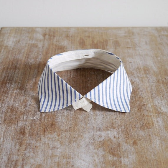SALE /// Vintage white and blue stripe shirt collar detachable fine cotton