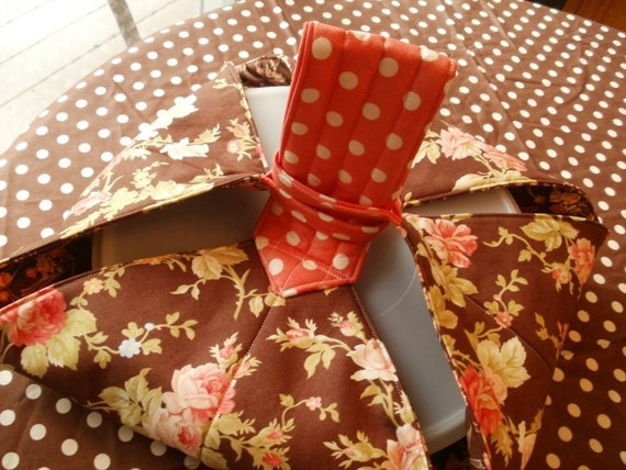 Casserole Carrier in Brown Florals with Apricot Polka Dot Handle