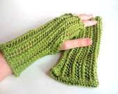 Light Green Apple Fingerless Gloves, Women's  Winter Fashion Accessories, Style Trends