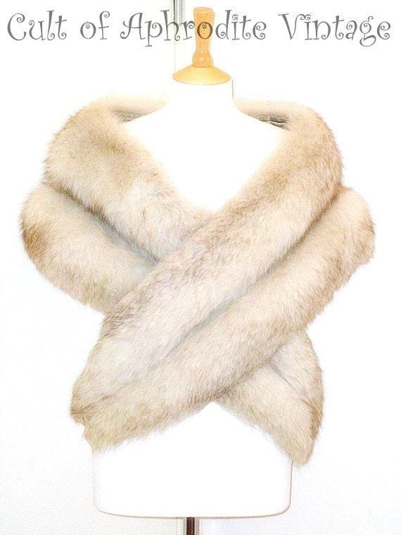 FREE Shipping // Vintage 70s Norwegian FOX Fur Boa Wrap Stole Shawl Cape SCARF