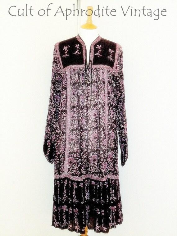 Vintage 70s Indian Ethnic Gauze Waist Tie HIPPIE Boho Tiered Midi DRESS