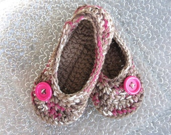 Crochet Slippers, House Slippers, House Shoes, Crochet Womens Slippers, Cherry Chip and Cafe with Button, Womens crochet slippers