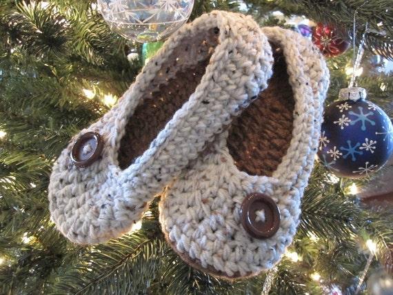 Crochet Slippers, Womens crochet slippers, House Slippers, tan flecks and cafe, Oma Slippers, custom made
