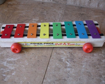 Vintage Fisher Price Pull-A-Tune
