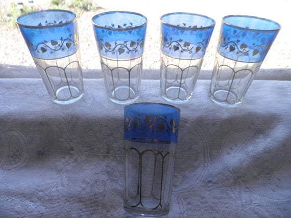 Beautiful juice tumblers. crystal with blue band and gold heart Moroccan tea glasses Casbah